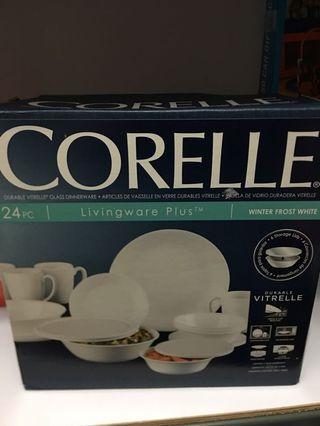 🚚 Corelle 24 pieces dinnerware Winter Frost