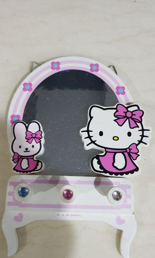 Hello Kitty Mirror and jewel hanger