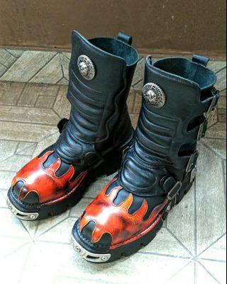 New Rock Flame Boots Reactor