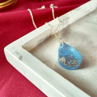 Blue Pearl Handmade Resin Necklace