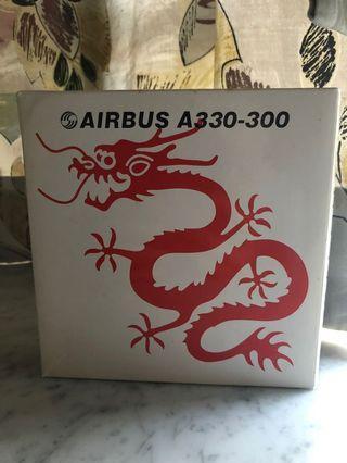 1:400 初版 Phoenix PH 港龍航空 20th紅龍 Dragonair Red Dragon Livery 飛機模型