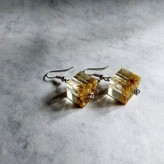Handmade Resin Earring with Osmanthus Flower