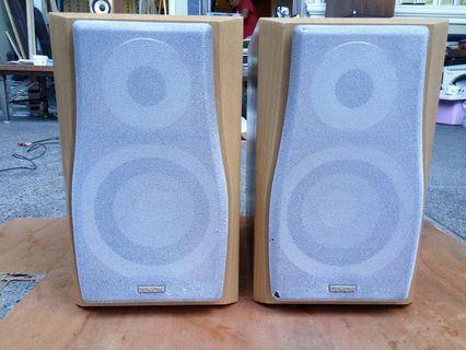 Denon 100 watts each bookshelf speaker