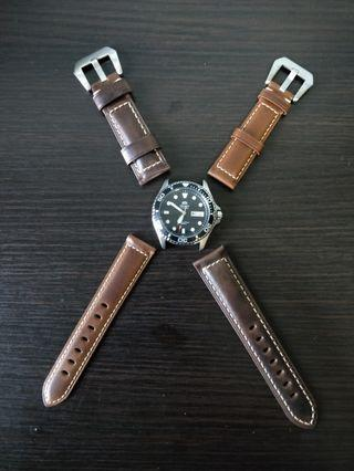 Premium Quality Oil Waxed Italian Leather Strap with Pre-V buckle with amazing stitching 20m/22mm suitable for skx, steinhart , diver watches, omega, Rolex, Dan henry, submariner, Seiko, citizen, Sinn, boldr, glycine and other models