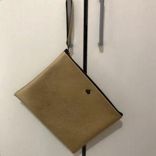 Bangkok Taiga Leather Gold Clutch pouch / emas