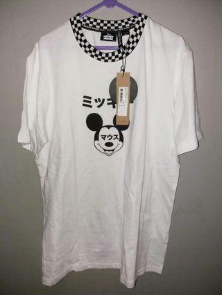 Kaos Cotton on original size M edisi Mickey Mouse