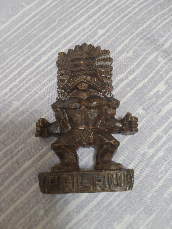 帛琉手工限量守護神木雕