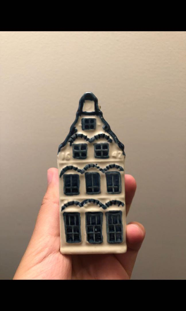 Authentic Rynbende Delfte Blue KLM miniature houses- Made in Holland