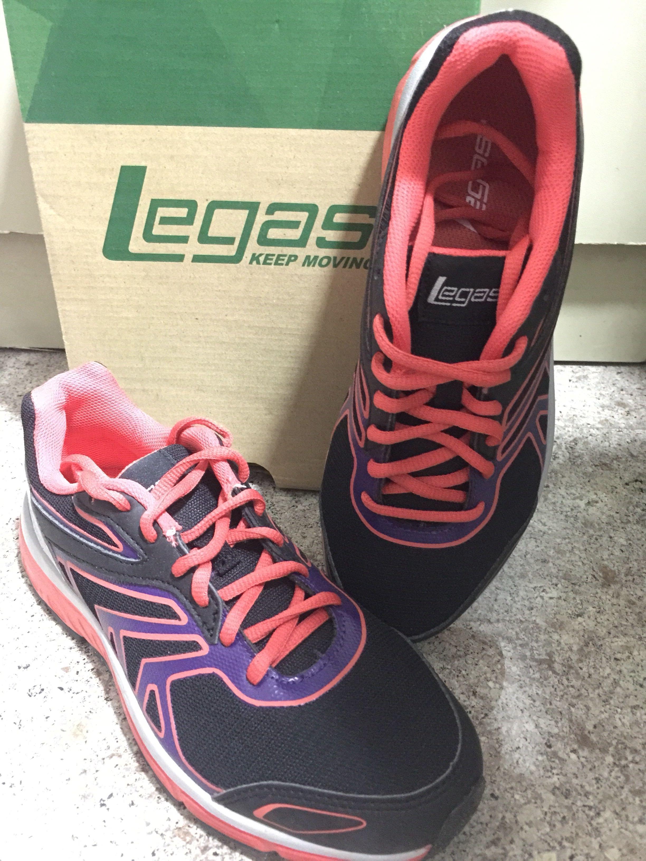Brand New Legas Women's Track-shoe for