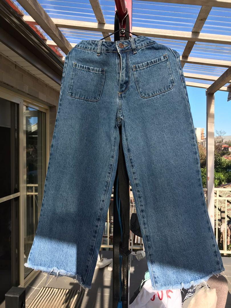 Cotton On Mid Rise Wide Crop Jeans Faded Blue
