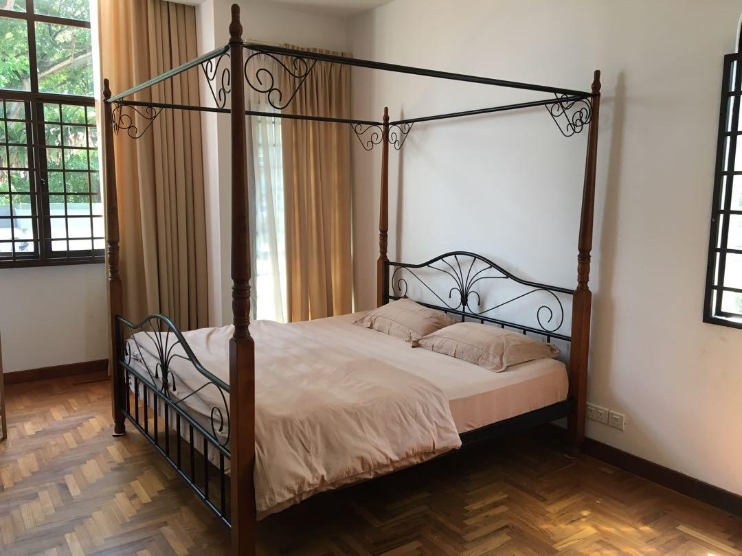 King Size Four Poster Bed Furniture Beds Mattresses On Carousell