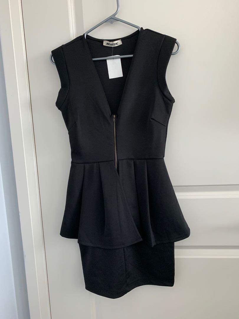 Ladies black dress - medium