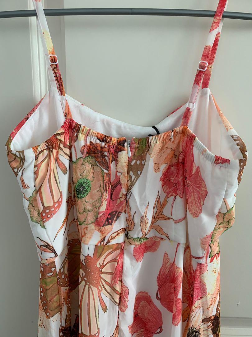 Ladies long summer dress - large