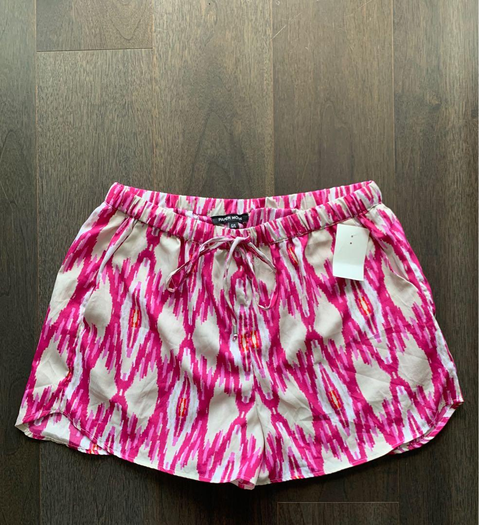 Ladies summer shorts - Large
