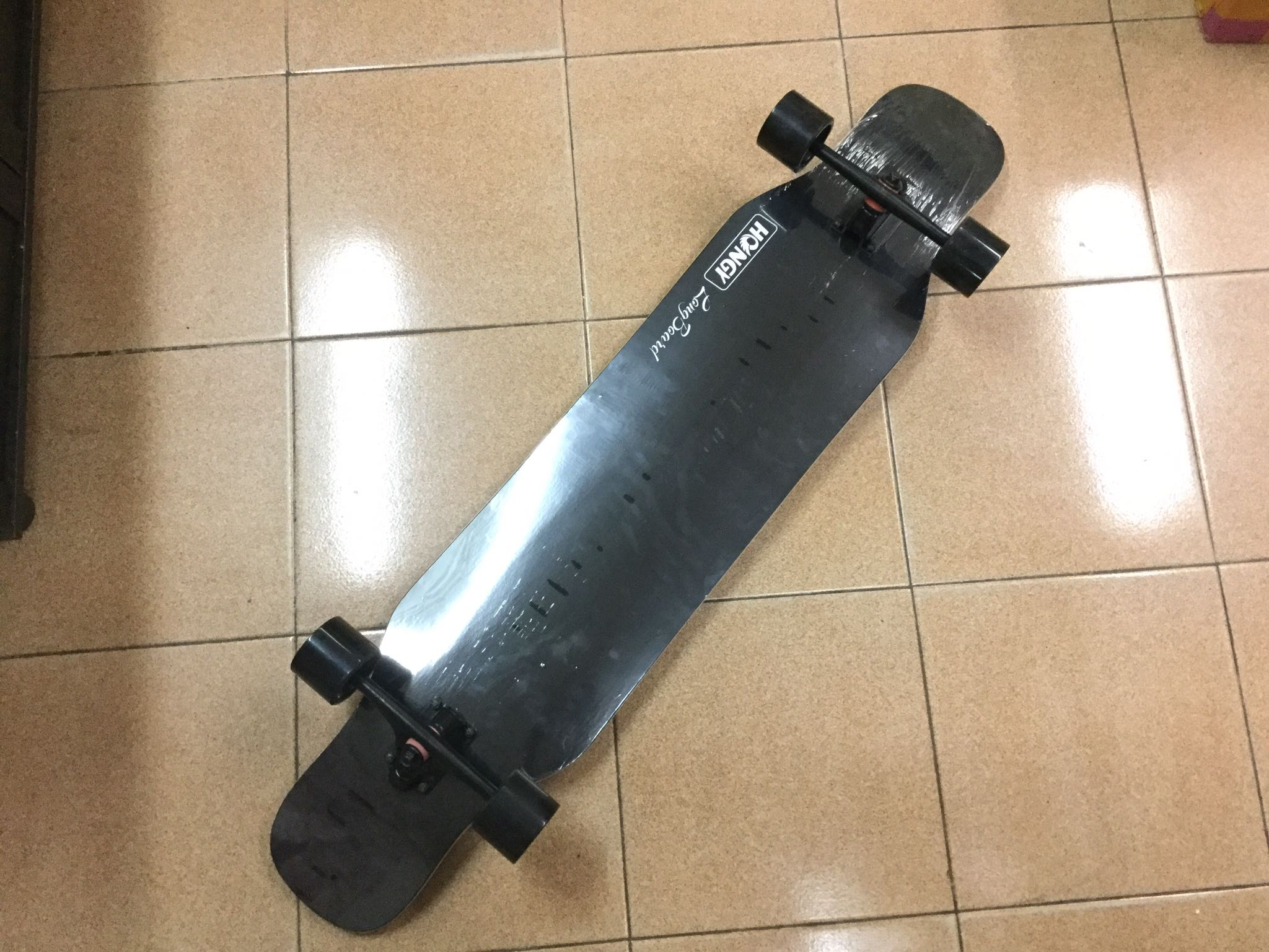 0926a416 Longboard, Sports, Sports & Games Equipment on Carousell