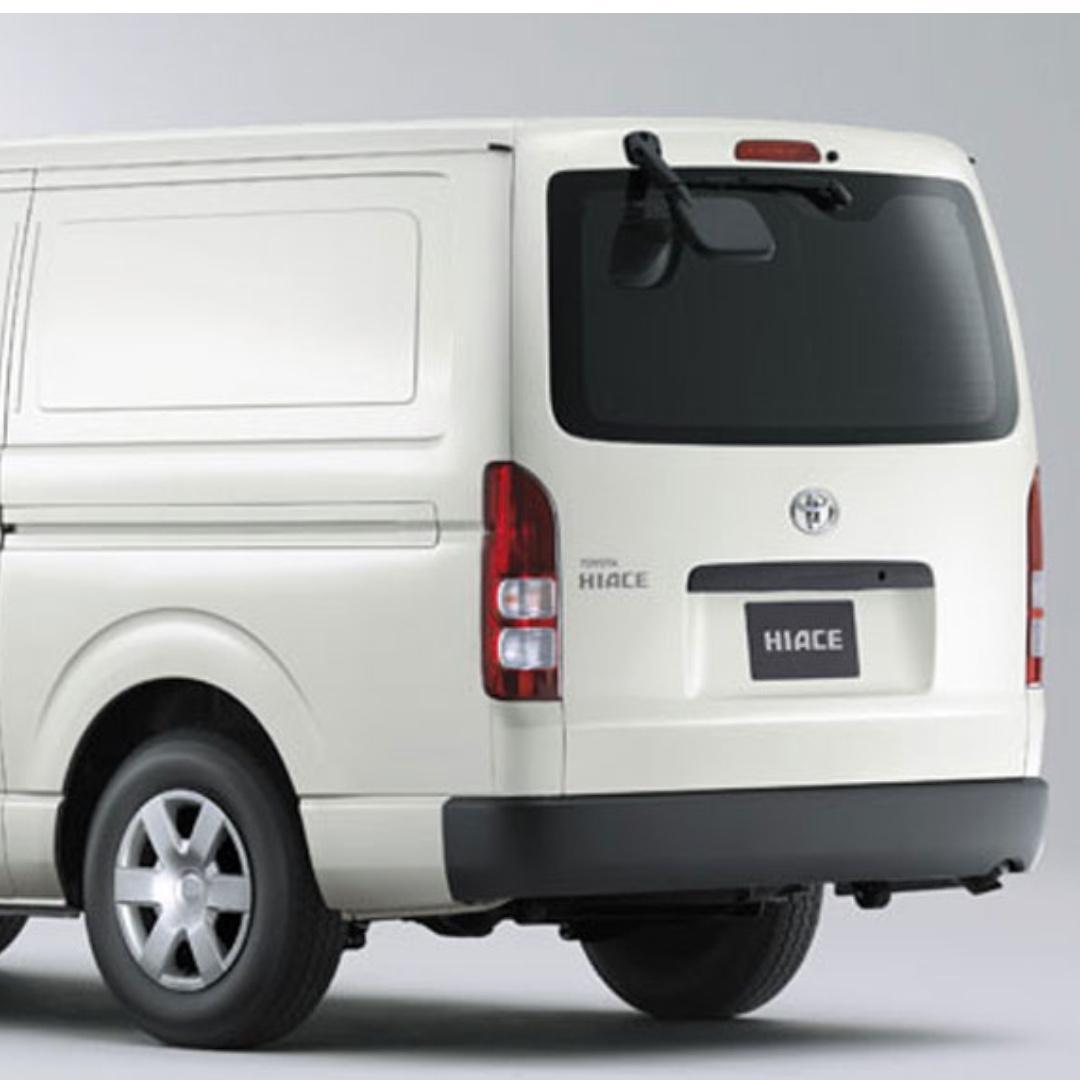 NEW Toyota HIACE Standard Roof Van