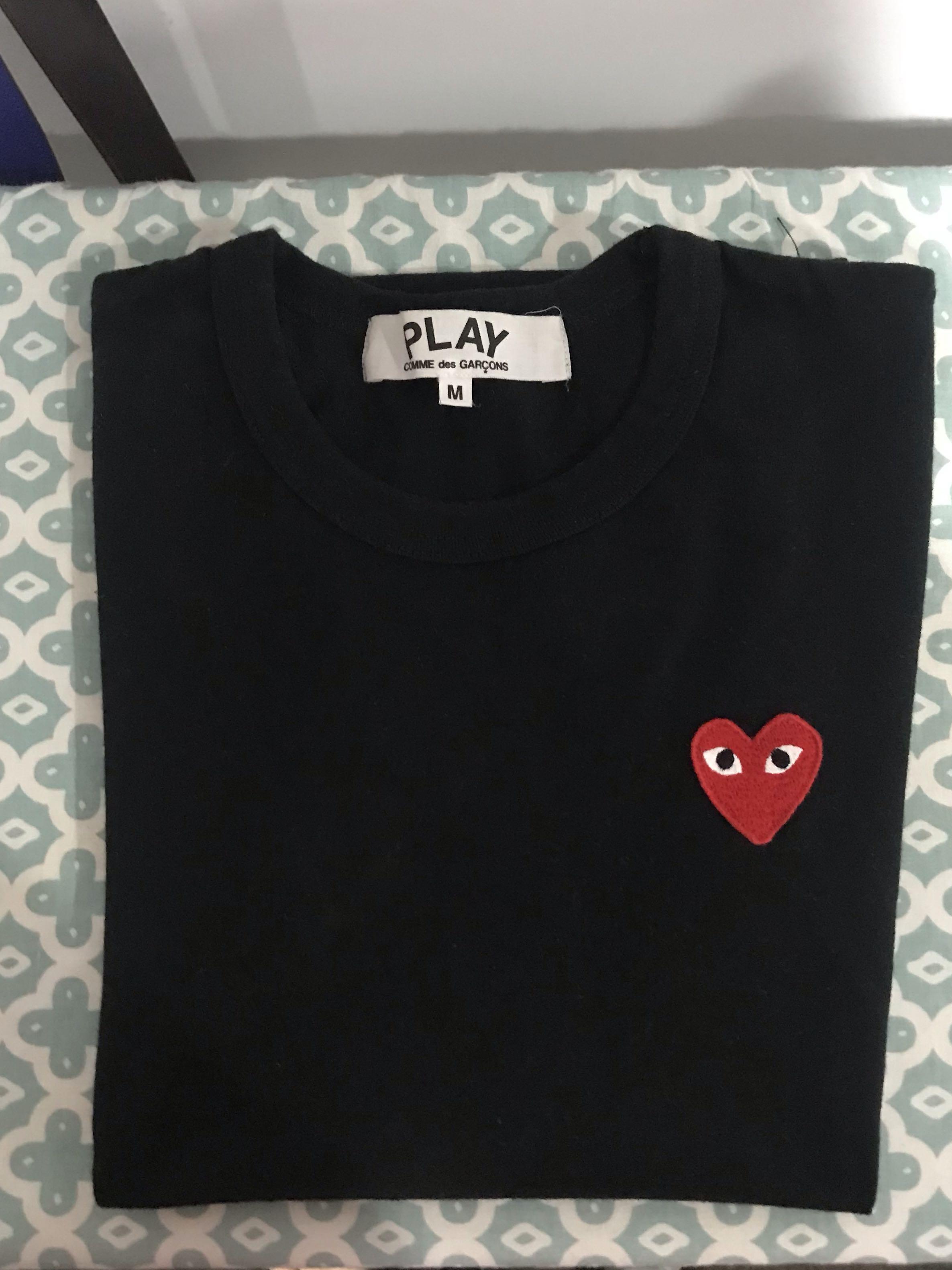 PLAY comme des garcon tshirt