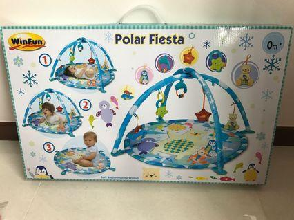 Winfun Polar Fiesta Playmat/Activity Gym