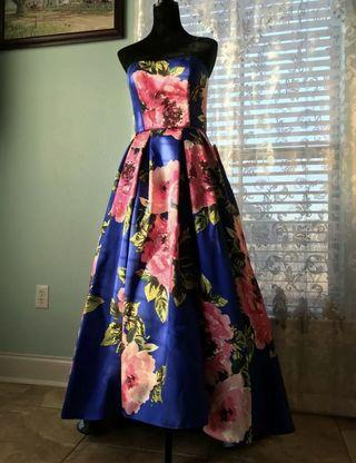 Betsy & Adam Floral Print Ball Gown