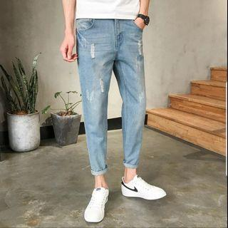 SALES SIZE 26, 34 THIN JEANS