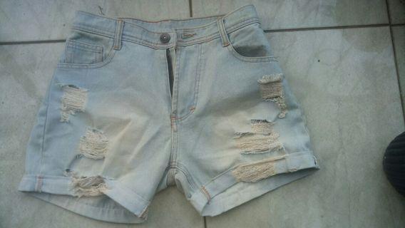 Celana pendek hotpants light denim jeans