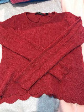 Red knit scallop edge pullover jumper