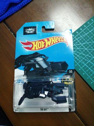 Hot Wheels the bat Batman Batmobile batpod