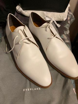 Everlane white oxford leather shoes
