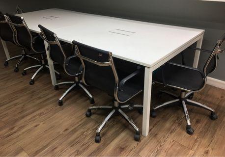 Meeting Table Set