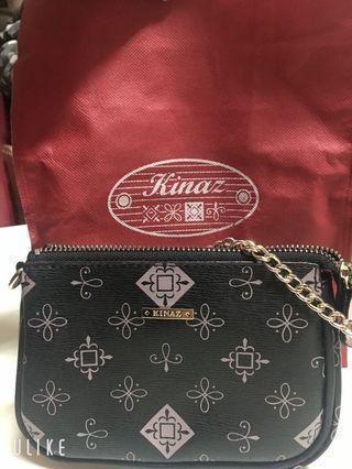 Kinaz 提花鏈身小手拿包