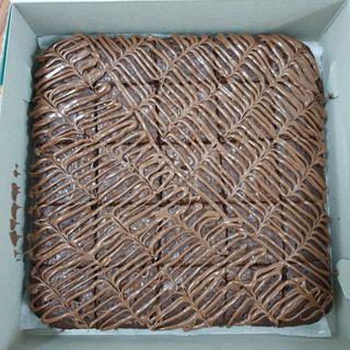 Brownies loaded with nutella topping murah