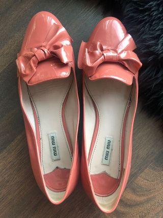 Miumiu authentic shoes with diamonds on the bottom only 100$ size 41