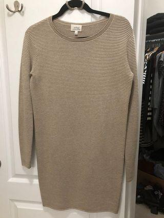 Wilfred /Aritzia sweater dress xxs