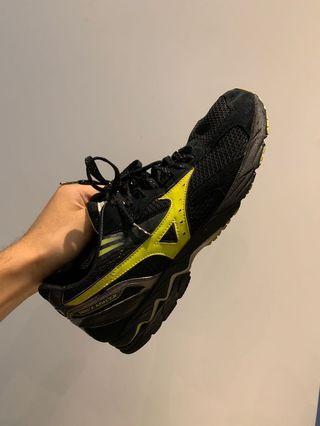🚚 慢跑鞋 400給啦