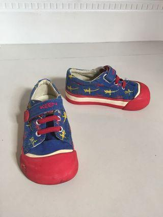 🚚 Toddler Shoes KEEN US Size 7