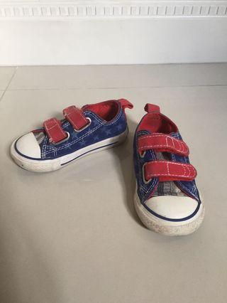 Toddler Shoes CONVERSE US Size 6