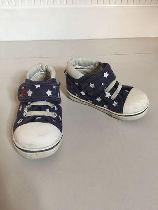 🚚 Toddler Shoes BABY DOLL US Size 7
