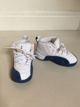🚚 Toddler Shoes NIKE US Size 8