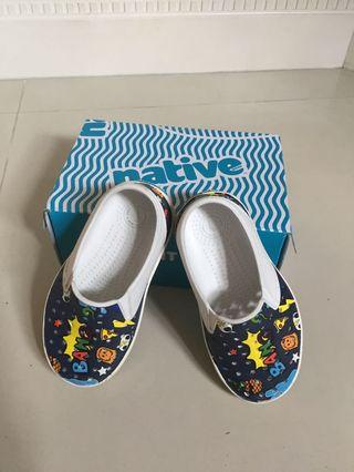Toddler Shoes NATIVE US Size 9