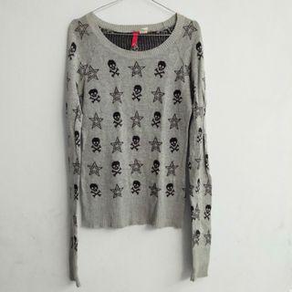 Sweater Grey Rajut
