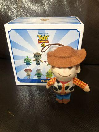 三眼仔夾公仔機必備*711迪士尼Toy Story反斗奇兵胡迪公仔鎖匙扣