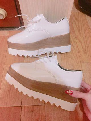 白色厚底松高鞋增高鞋