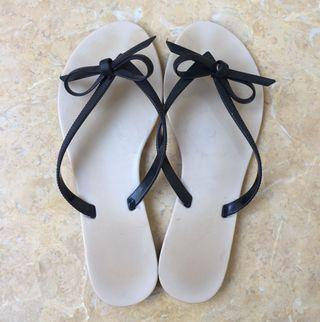 Sandal Jelly Rubi ORI