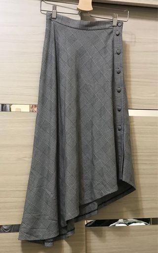 Zara 排釦不規則裙