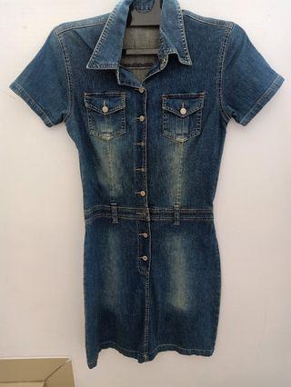 Dress Jeans Mobile Power