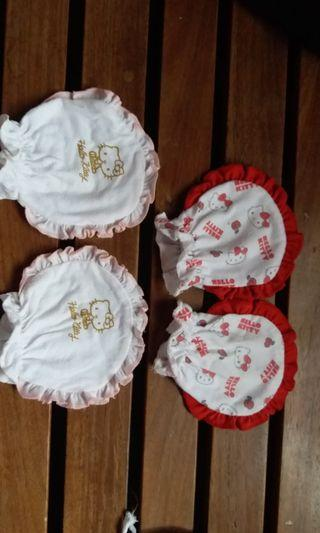 Hello Kitty Mittens for Babies