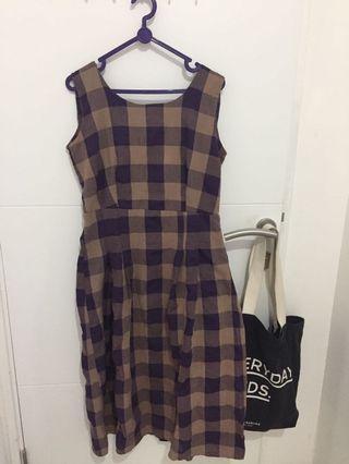Long dress tartan purple