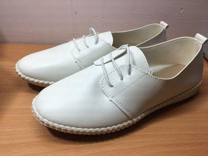 小白鞋 休閒鞋