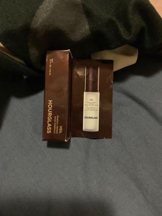 Brand new authentic Hourglass mineral primer 3.6ml
