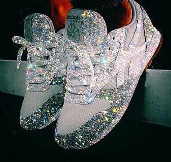 Chanel Louis Vuitton 👀👇👇👇👇爬文 😁😘👌